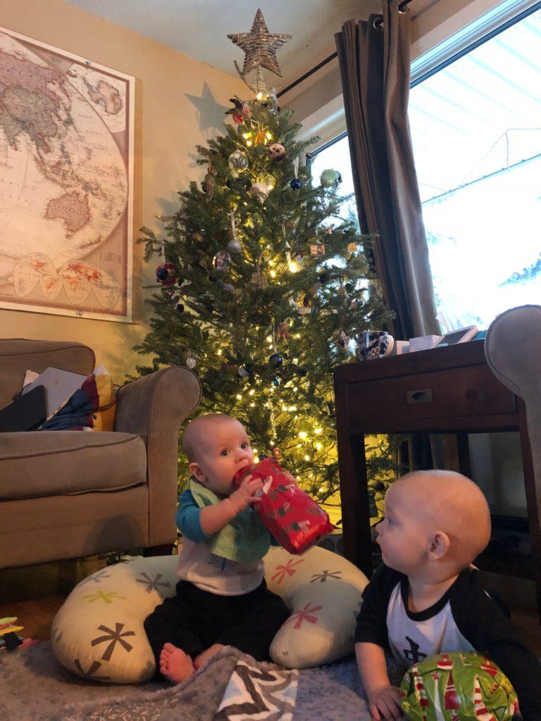Eileen & Ewan opening gifts