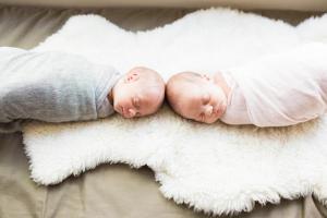 Twins-16